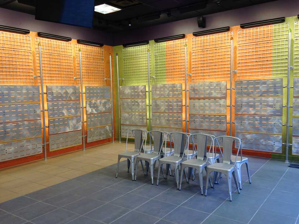 tenant-fit-up-interior-journey-shoes-tanger-outlets-3-web